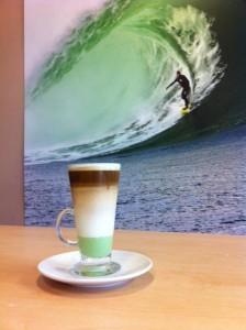 waves cafe
