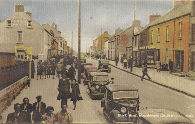 Historical picture of Main Street - weekly walking tour