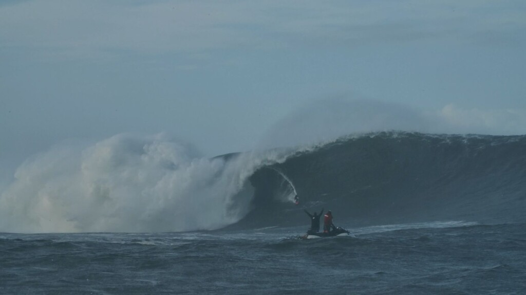 Conor Maguire Mullaghmore - Clem McInerney, Red Bull Surfing, Red Bull Ireland